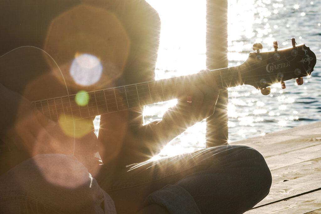 Bagbelyst guitar